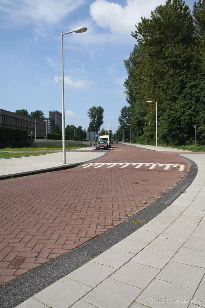Gewassen trottoirband 28 30 zwart