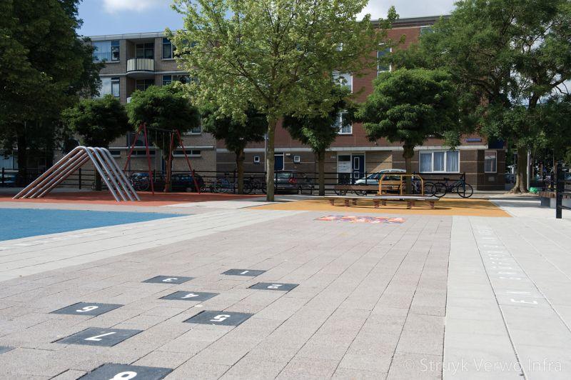 Hinkelbaan op schoolplein hinkelbaan set