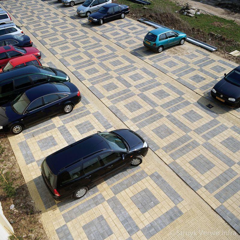 Parkeerplaats rabobank bakkersland