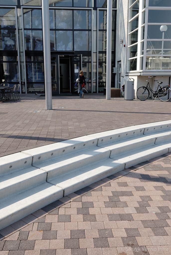 Mozaiek van bestrating voor trappartij