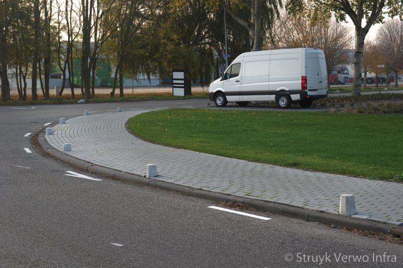 Betonnen sierpalen antiparkeer afzetpaal sierpaal den haag lichtgrijs