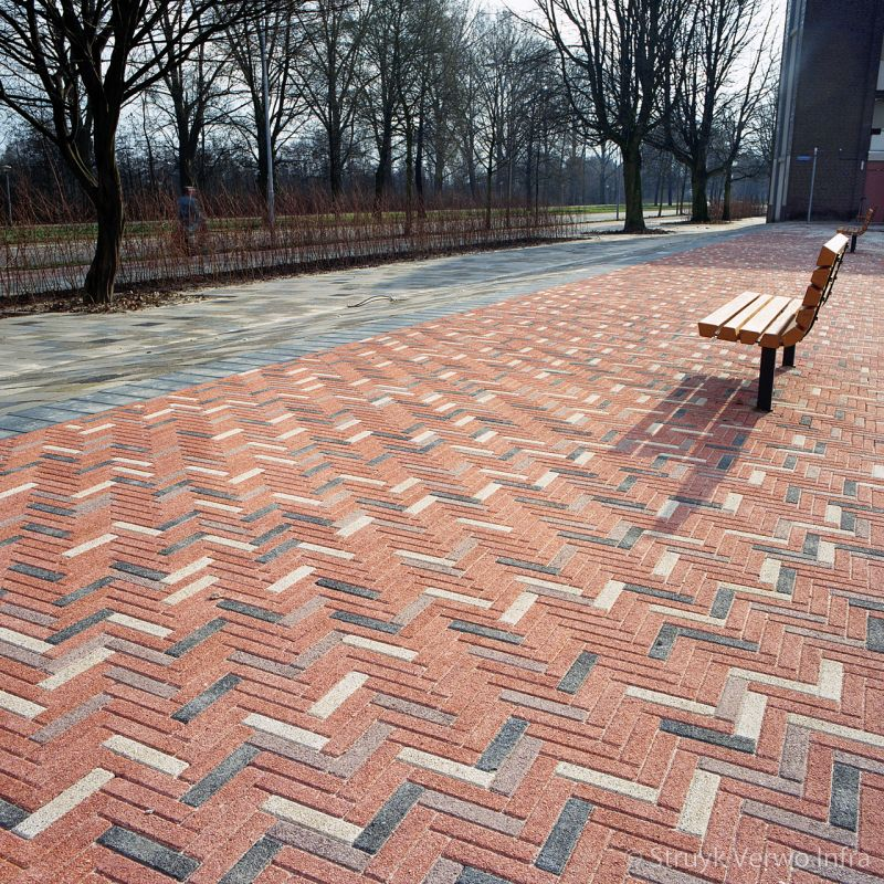 Waalformaten in diverse kleuren in straatwerk betonstraatsteen elementenverharding