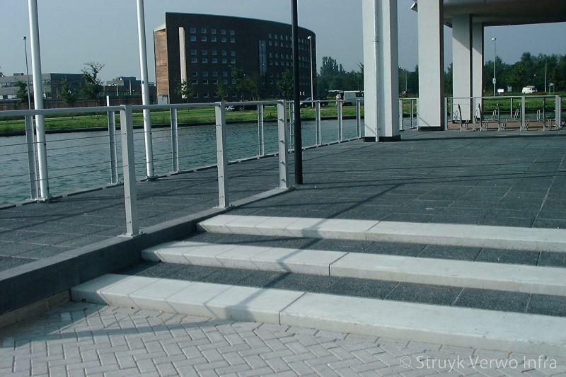 Betonnen traptreden grijs bloktrede beton trapelementen beton