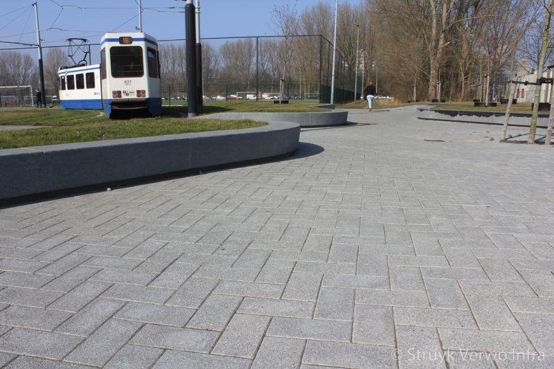 Halve tegels in elleboogverband de boelelaan amsterdam