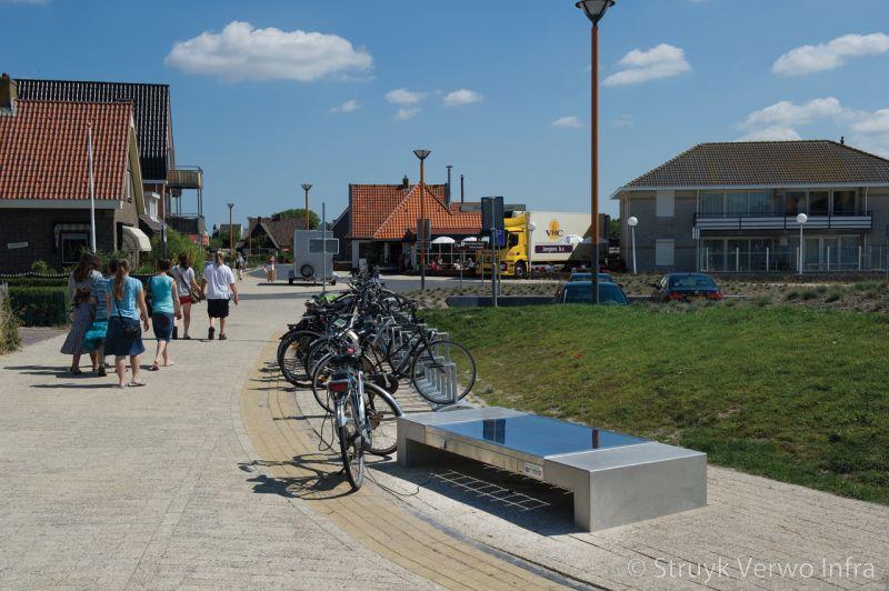 Seat solar betonnen bank met zonnepaneel