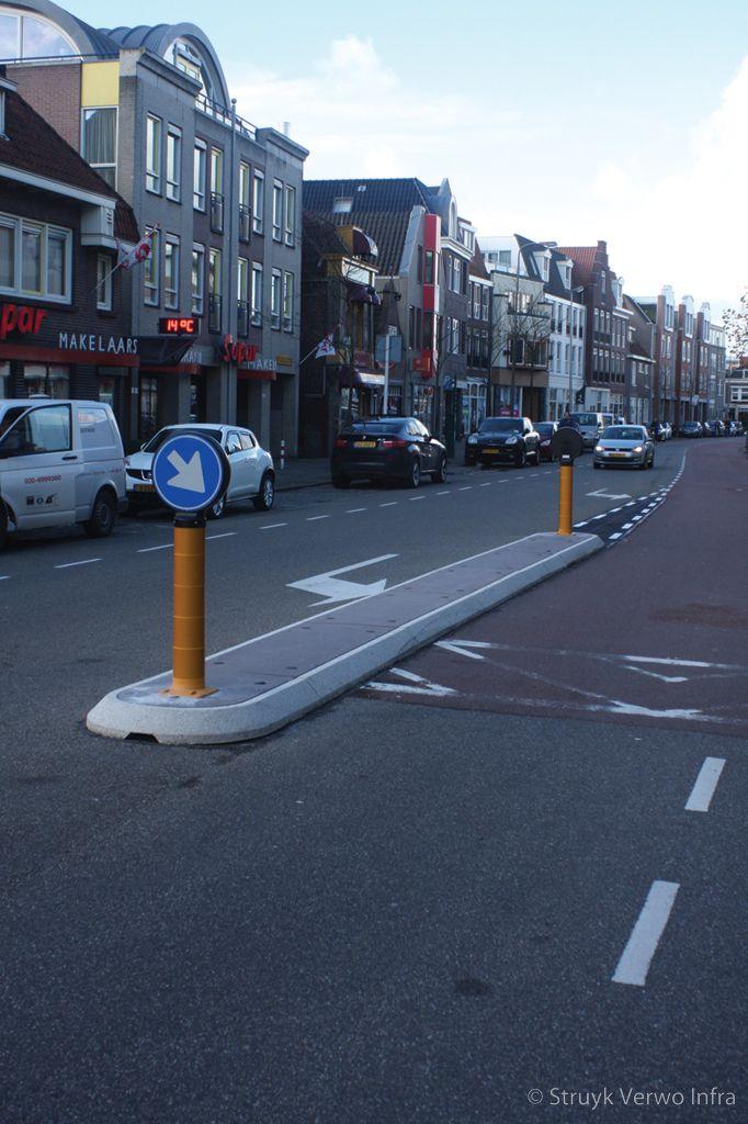 Prefab verkeersgeleider van beton
