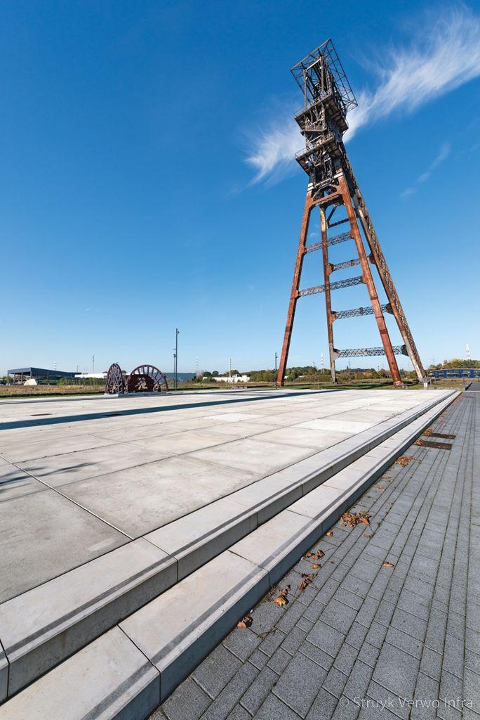 Esthetische vloerplaten van beton cleantechcampus te houthalen