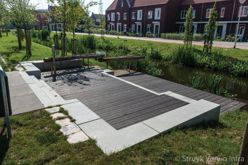 Zithoek met betonnen zitelementen parkbanden keerelement beton zitranden beton