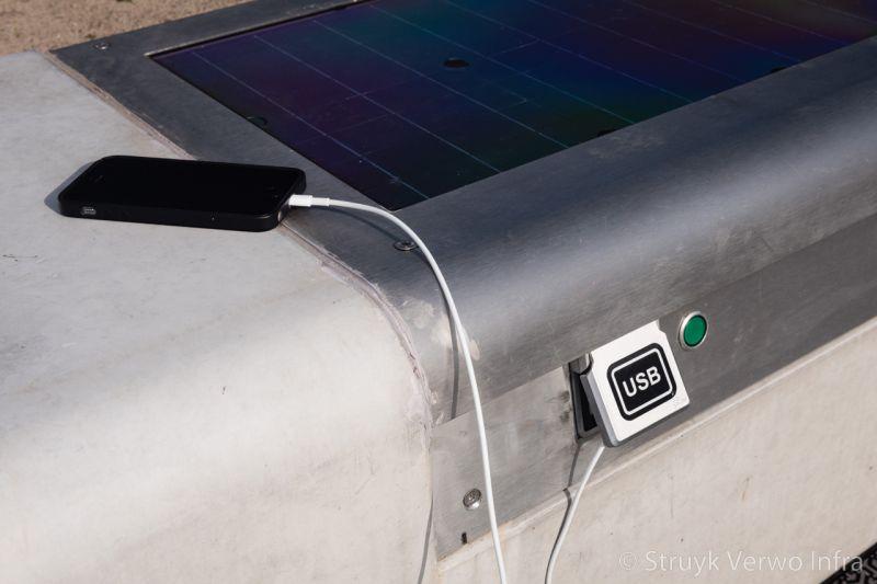 Zitbank met ingebouwd zonnepaneel seat solar 50 45x50x200