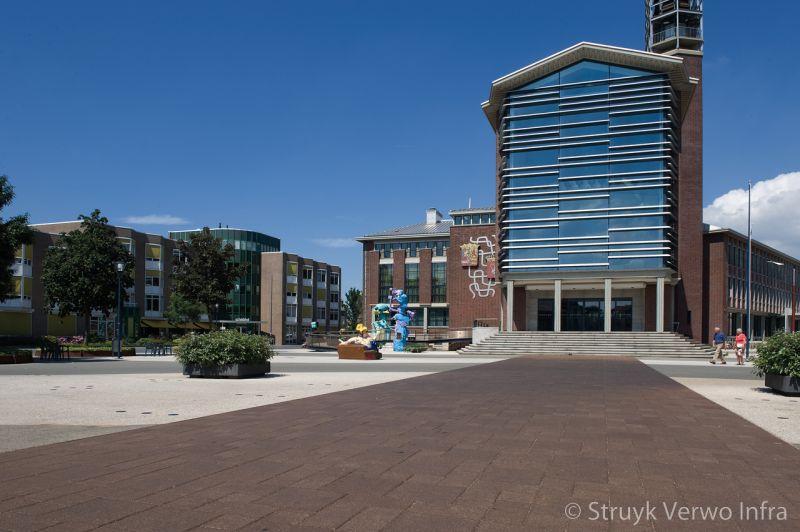 Oxi tegel 20x20 stadhuisplein vlissingen