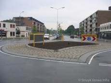 Kluifrotonde met rotondeblokken