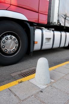 aanleg anti parkeerstrook